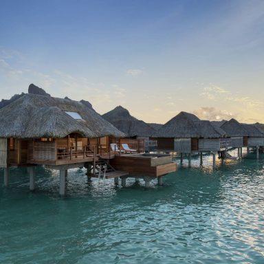 Four Seasons Resort Bora Bora 002
