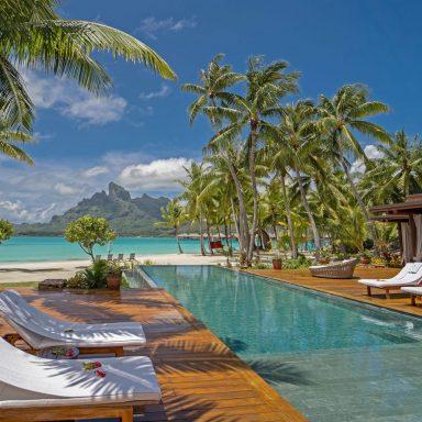 Four Seasons Resort Bora Bora 008