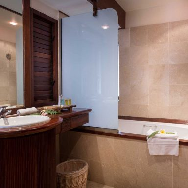 Manava Beach Resort & Spa Moorea 015