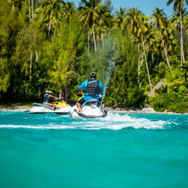 Jazda na vodných skútroch po tyrkysovej lagúne 008